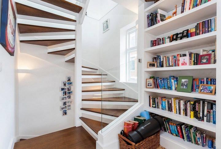 Винтовые лестницы на второй этаж эконом класса