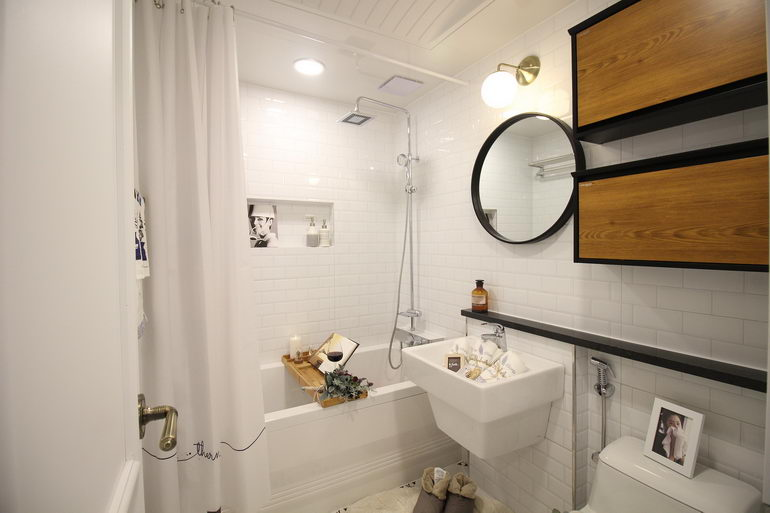 пространство небольшой ванной