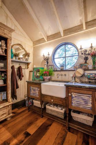 Пример оформления ванной комнаты в бохо стиле