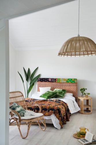 Плетенная мебель в бохо