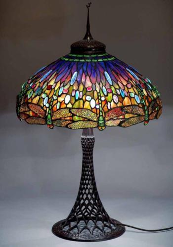 Настольная лампа со стрекозами